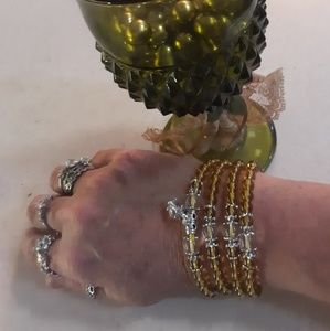 Jewelry - Gorgeous yellow glass prayer and meditation beads
